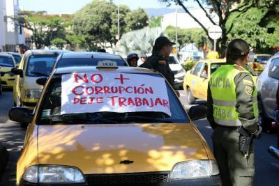 Tribunal revocó fallo que permitía a taxis movilizarse en todo el área metropolitana