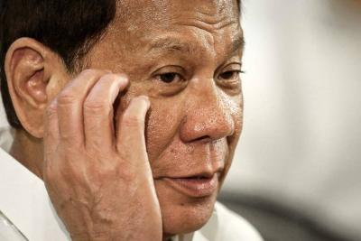 """Presidente de Filipinas asegura que Hay que disparar """"en la vagina"""" a mujeres terroristas"""