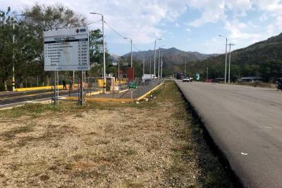 Cerca de 5 mil pasajeros en Santander afectados por paro del Eln
