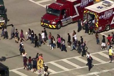 Dos tiroteos en EEUU dejan 17 muertos