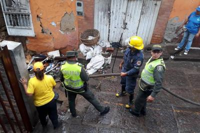 Policía Ambiental busca recuperar Plaza de Mercado