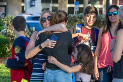 """""""Mamá, tengo tanto miedo"""": angustiosos mensajes durante masacre en Estados Unidos"""
