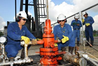 Cayó la producción petrolera del país, en el primer mes de 2018