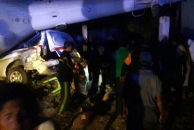 13 personas muertas y 15 heridas tras caída de helicóptero en México