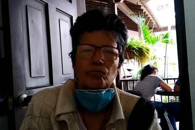 Anciana pide apoyo de las autoridades locales
