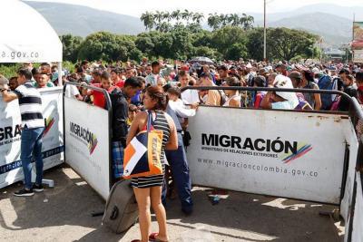 El ingreso de venezolanos se redujo en un 30 % tras medidas migratorias