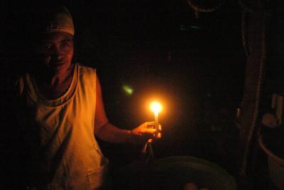 Falla eléctrica deja sin luz durante horas a varios estados de Venezuela