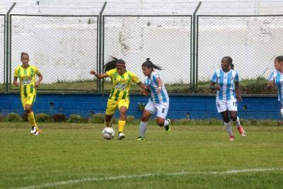Atlético Bucaramanga venció 2-1 al Real Santander en el Clásico de fútbol femenino de Santander
