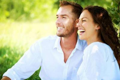 ¿Cuánta  intimidad tienen las parejas felices?