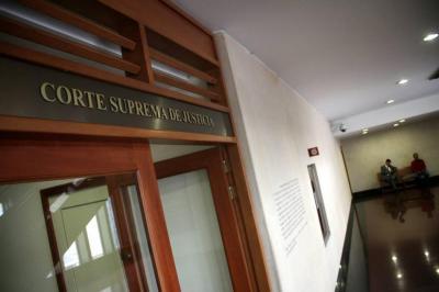 """La Corte afirmó que """"la reserva de la fuente hace parte de los núcleos de la democracia"""""""