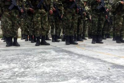 Dos soldados muertos tras nuevos ataques del Eln