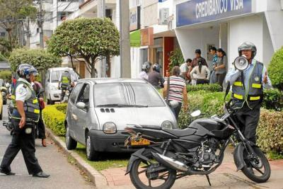 En 84% aumentaron las multas por parqueo en sitios prohibidos en Bucaramanga
