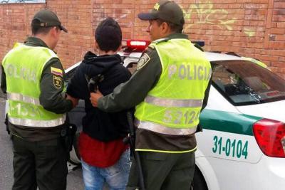Policía aprehende a un niño de 13 años que portaba un revólver