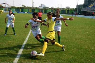 Alianza Petrolera derrotó a Atlético Bucaramanga y es líder en la Liga Femenina
