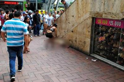 Joven fue herida con arma blanca en pleno Centro de Bucaramanga