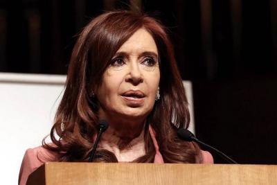 Expresidenta Cristina Fernández a juicio por presunto encubrimiento a terroristas