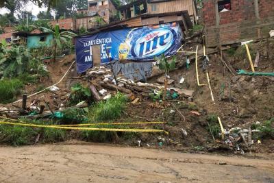 Derrumbes en zona urbana y rural fue lo que dejó la lluvia