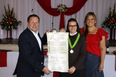 Condecoran al Colegio La Merced por sus 103 años de labores en Bucaramanga