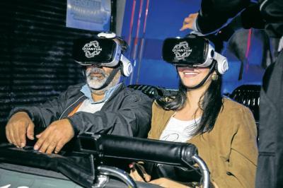 Primera montaña rusa con realidad virtual en Colombia