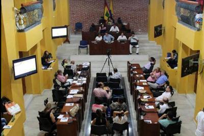 Casa por cárcel para diez concejales cartageneros por el caso Contralora