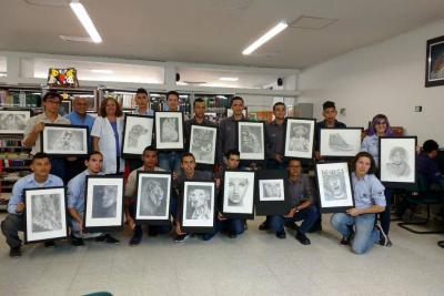 El Sena apoya a los estudiantes con el arte