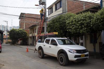Girón Campestre cuenta con nuevas luminarias para garantizar seguridad