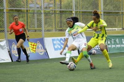 Jornada de clásicos en el fútbol profesional femenino