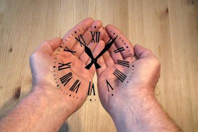 Esté atento a los cambios en los horarios de atención durante la Semana Mayor