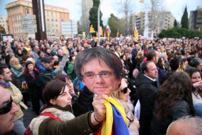 Tres capturas en las protestas por detención de Puigdemont