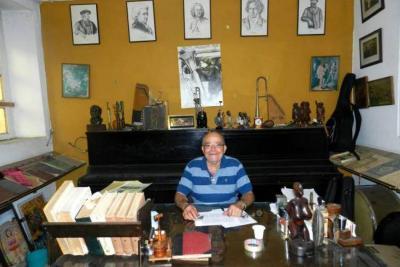 Alcaldía homenajeó al maestro Mario Gamboa