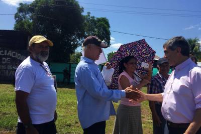 Más de 11.000 familias acuerdan erradicar siete mil hectáreas de coca