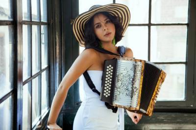 """""""Me enamoré del acordeón, porque me enseñó a apreciar otras culturas"""":"""