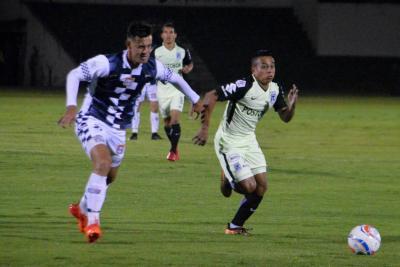 El líder Nacional no pudo ante Boyacá Chicó, último de la Liga