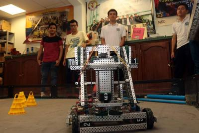 Estudiantes de Bucaramanga piden ayuda para ir al Mundial de Robótica