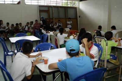 Colegios de Santander denuncian que no les llegan completas las raciones del PAE