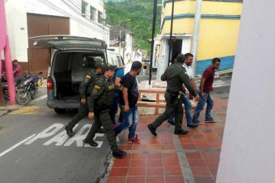 Persecución de película en Santander terminó con la captura de 4 asaltantes