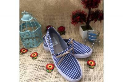 Lili's Shoes