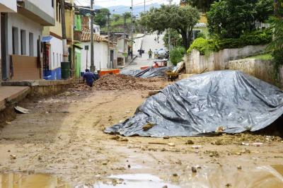 Se modernizan redes de acueducto y alcantarillado en centro de Piedecuesta
