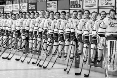 Aumentó a 15 la cifra de muertos por accidente de equipo de hockey en Canadá