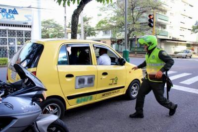 Advierten presuntas fallas en licitación para botones de pánico en Bucaramanga y su área