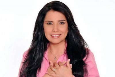 Se entregó la representante electa Aida Merlano