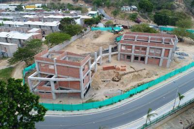 Primera Biblioteca Pública en Girón se terminará en agosto