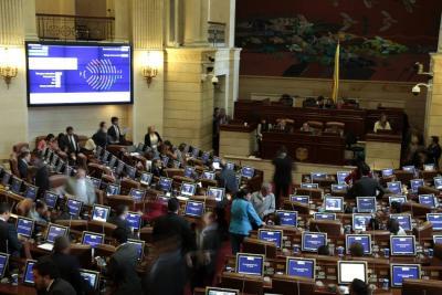 Senado define mañana futuro  de la consulta anticorrupción