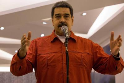 """Maduro no irá a la Cumbre de las Américas en Lima, dice que es """"una pérdida de tiempo"""""""