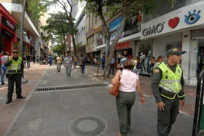 Improvisación y dudas en reubicación de informales en Bucaramanga