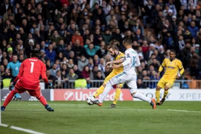 Con un penalti dudoso, Real Madrid clasificó a semifinales de la Champions League