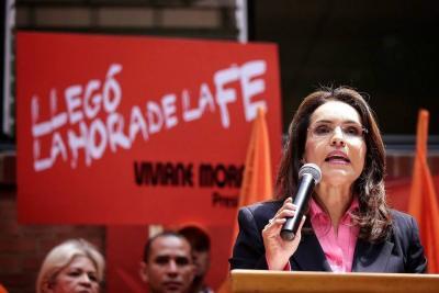 CNE mantiene en firme la candidatura presidencial de Viviane Morales