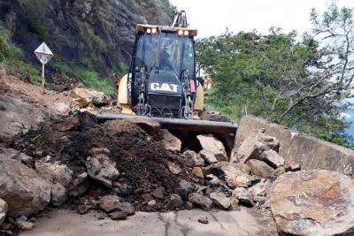 Lluvias generaron nuevo derrumbe en vía entre Barichara y Guane