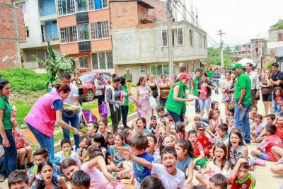 La 'Ruta de la Alegría' llegó a varios barrios