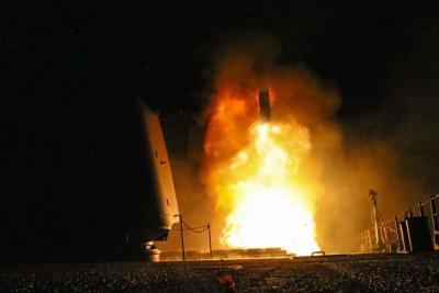 EE.UU, Reino Unido y Francia lanzan ofensiva bélica contra Al Asad